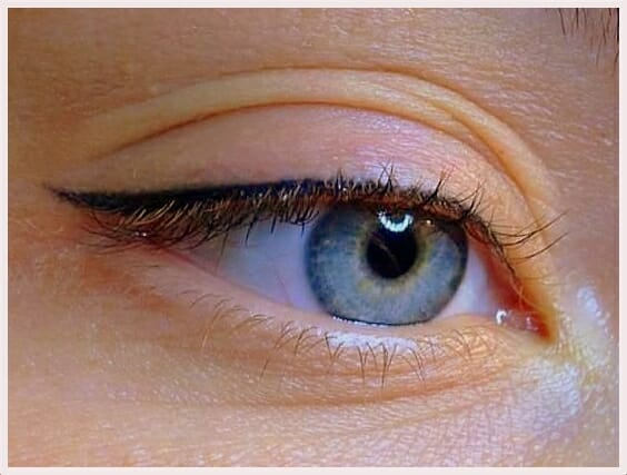 Eyeliner photo pinterest BellaHelena Oulu - Eyeliner Kestopigmentointi Tuo Helpotusta Arkeen
