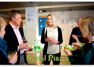 Social Piazza